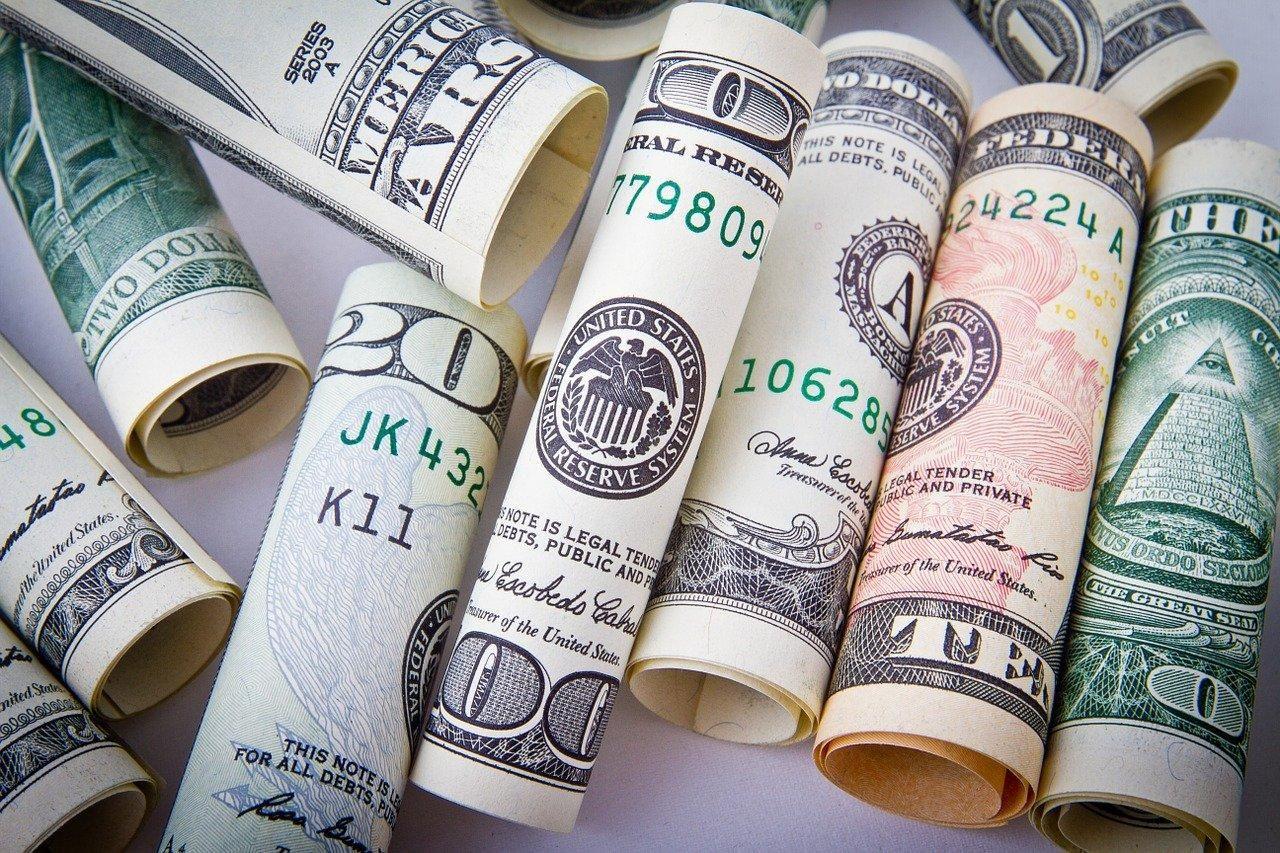 доллар - лучшая валюта для сбережений?